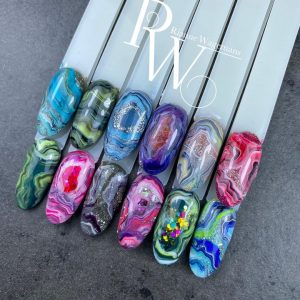 "Online workshop ""stone effect"" Riwa nails & beauty"